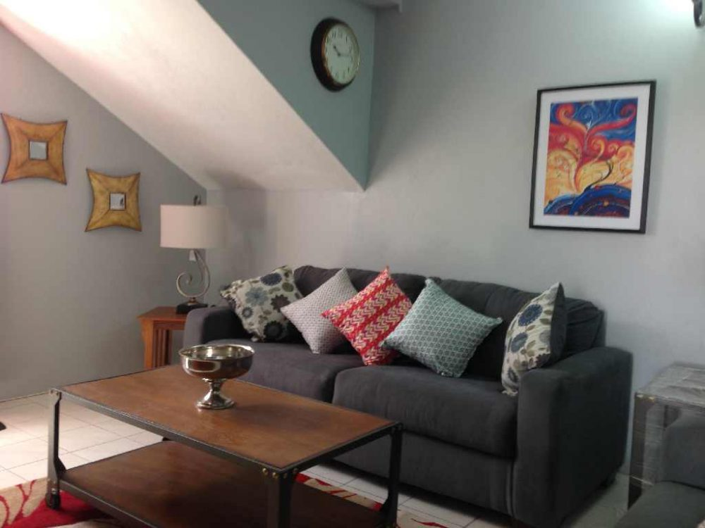 APARTMENT FOR RENT in Rodney Crescent