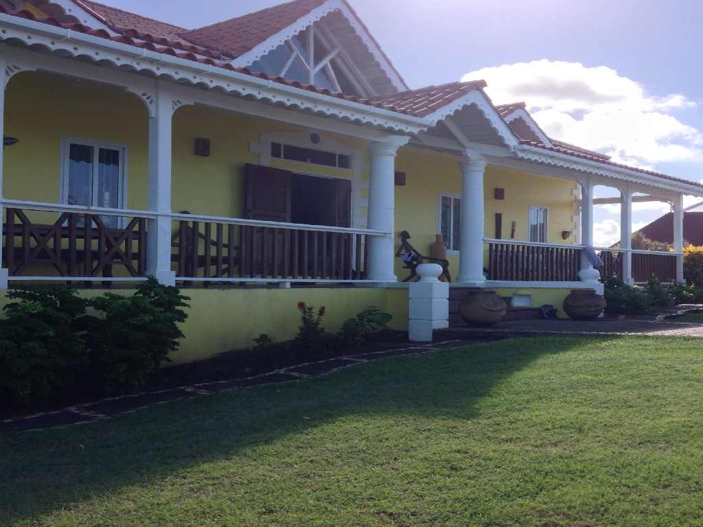 YELLOW HOUSE AT CAP ESTATE