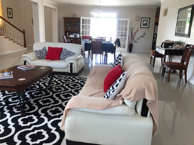3 BED DELUXE HOUSE FOR RENT AT RODNEY BAY