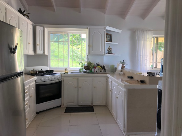 2 BED APARTMENT AT RODNEY HEIGHTS FOR RENT